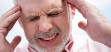 Признак инсульта - сильная головная боль