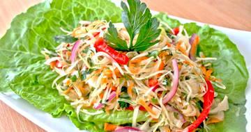 Полезная еда при цистите - салаты из капусты
