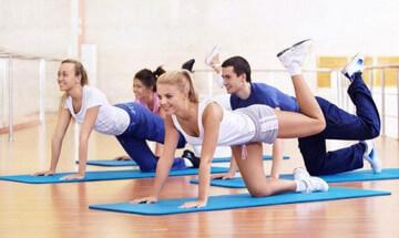 Махи ногами - эффективные упражнения против целлюлита