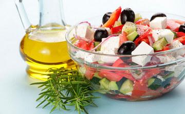 Оливковое масло для заправки салатов