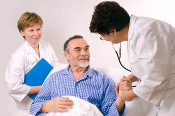 Лечение геморрагического инсульта осуществляется обязательно в стационаре