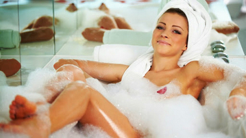 Положительные эмоции при принятии ароматной ванны