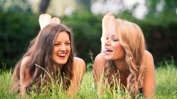 Встреча с близкими, друзьями помогает от депрессии