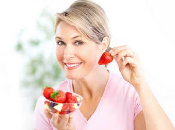 Правильное питание играет огромную роль в сохранении молодости