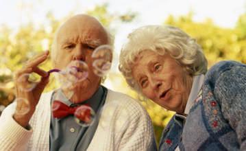 Общение - важное условие для пожилого человека