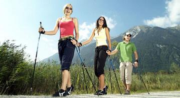 Польза от занятий скандинавской (нордической) ходьбой