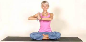 Йога для укрепления грудных мышц