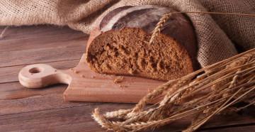 Ржаной хлеб для приготовления масок для волос