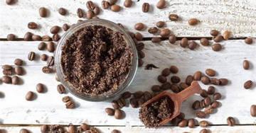 Скраб из морской соли и молотого кофе