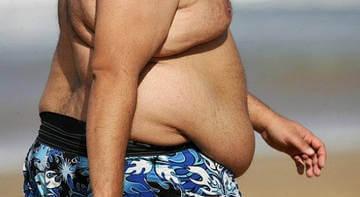 """Жир на животе настолько велик, что свисает """"фартуком"""""""