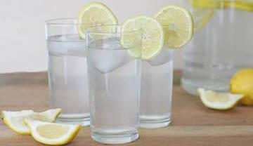 """Напиток из соды и лимона """"шипучка"""""""