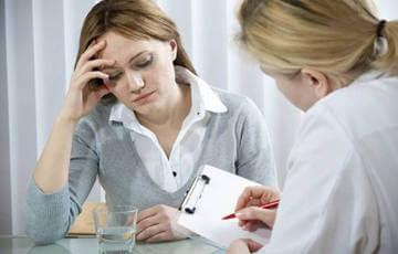 Решать проблему горечи во рту надо начинать с визита к врачу